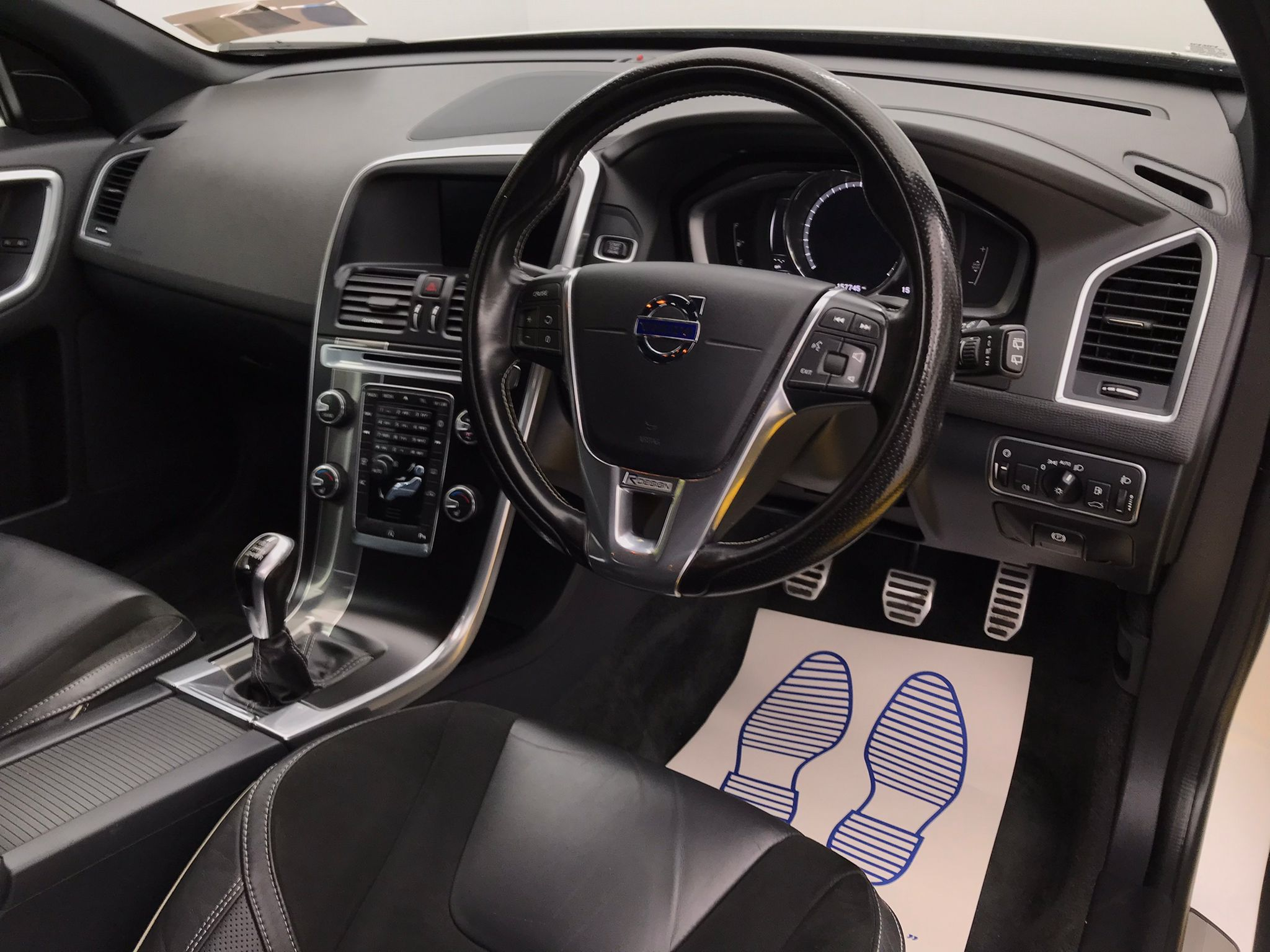 Volvo XC60 D4 R Design 2016