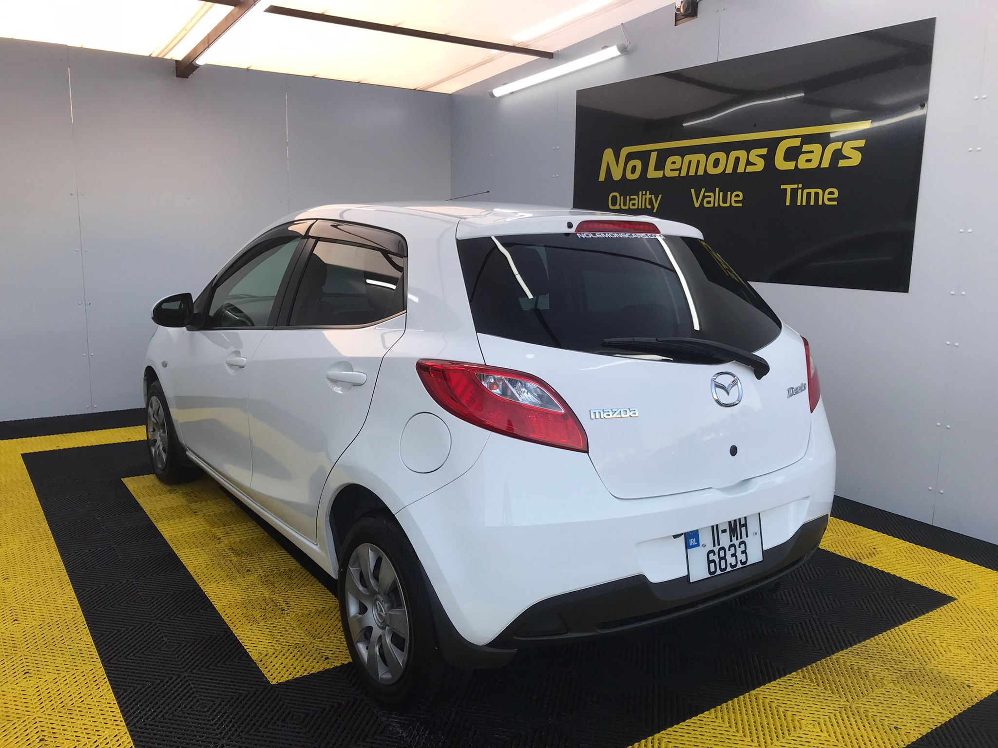 Mazda Demio Automatic 2011 1.3